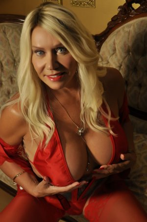 Calicia live escorts