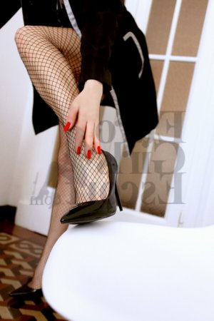 Louanna erotic massage in Alexandria, live escort