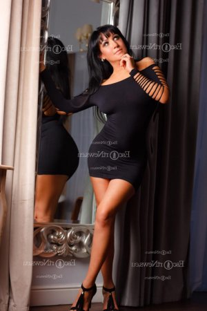 Nuriye happy ending massage in San Rafael, escort